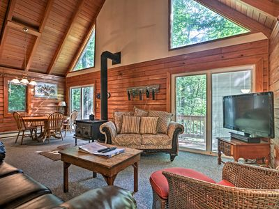 Photo for Wintergreen Home w/Deck - Near Skiing & Hiking!