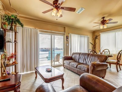 Lakefront condo w/ lovely views, shared pool - private & tranquil!