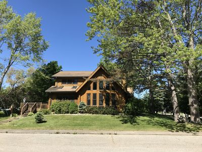 ** Beautiful Beachfront Lake Huron Log Cabin **