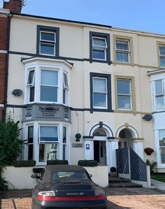 Photo for Spacious 2 bedroom flat in the heart of Southport. Twin or King Room set up