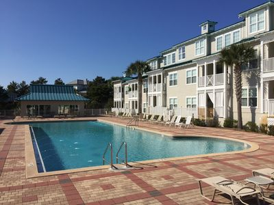 Photo for Great Pool/ beach access sleeps 6