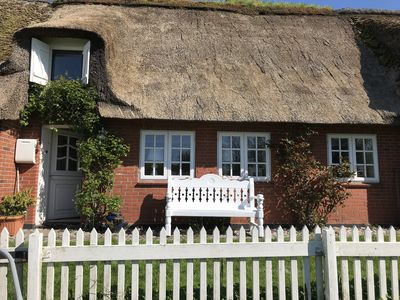 Photo for hist. Thatched Cottage on the Wadden Sea, North Sea, Garden, Oven, Pet.
