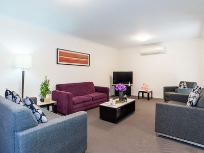 Photo for 1 bedroom executive furnished Apartment for short & extended stays