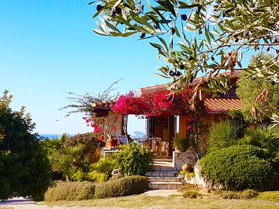 Alghero villa Agatha, independent villa with sea view for 12 people