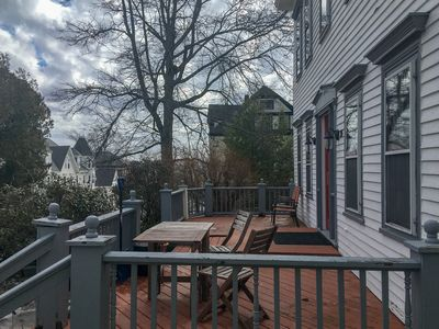 Photo for Downtown apartment w/ full kitchen - walk to beach/harbor, 2 dogs OK!