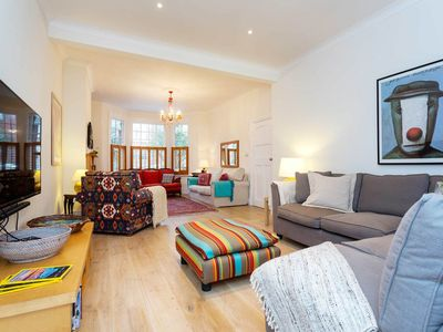 Photo for Spacious and comfortable home with garden in lovely Chiswick (Veeve)