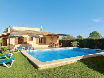 Photo for 4 bedroom Villa, sleeps 7 in Pollença with Pool, Air Con and WiFi