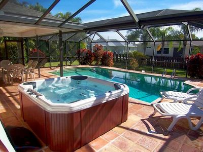Photo for Villa Yvonne - SW Cape Coral 3b/2ba Solar Pool, Electric Heated Spa,  HS Internet, Southern Exposure