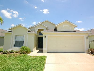 Photo for 4 Bedroom 3 bathroom villa on gated community 15 minutes to Disney private pool