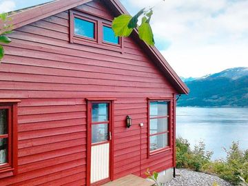Vacation home Nordheimsund  in Norheimsund, Southern Fjord Norway - 8 persons, 4 bedrooms