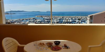 Photo for DUPLEX 2 bdrm, 48 sqm PANORAMIC SEA VIEW AT SIX FOURS, in SANARY side