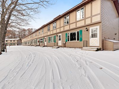Photo for Lovely, family-friendly home w/ a patio, balcony, forest views, & river access
