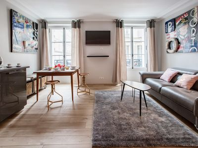 Photo for Spacious and Charming 6p flat à Madeleine