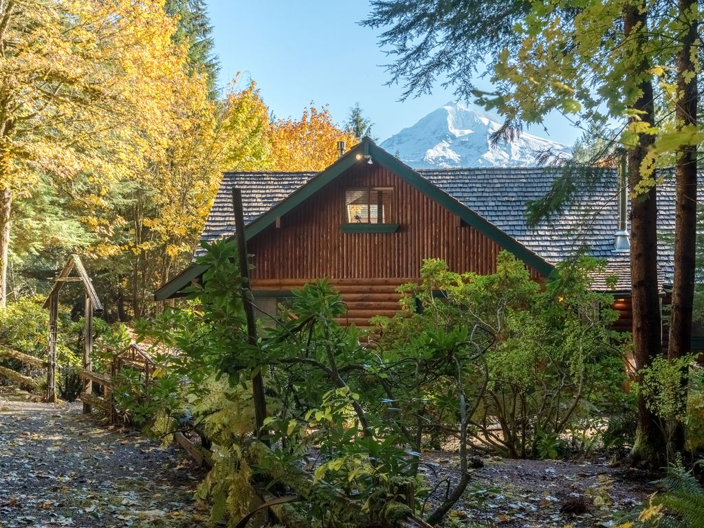 airbnb mount in rental cabins rentals oregon on find chalet hood rent cabin for photo vacation mt