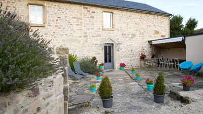 Photo for Le Crochet de Prvenche, 4-star character cottage in the quiet countryside