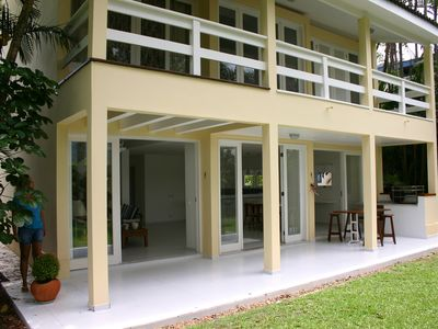 Photo for Beautiful house with pool, terrace in condominium facing the sea