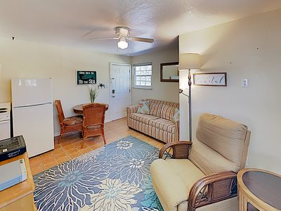 Photo for 1BR Condo Vacation Rental in Maderia Beach, Florida