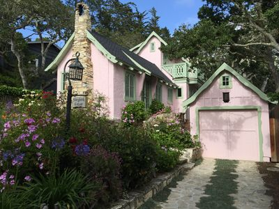 Magical Storybook Cottage is  1 1/2 blocks to downtown