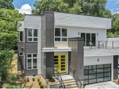 Photo for Remarkable Modern Craftsman New Construction (TOP Hot Area next to Uptown)