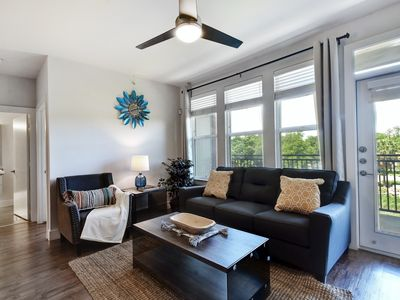Photo for 2BR/2BA WAKE UP TO THE SAN ANTONIO RIVER!