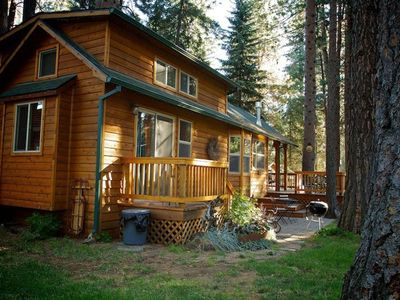 Photo for Larch Cabin walking distance to Metolius River