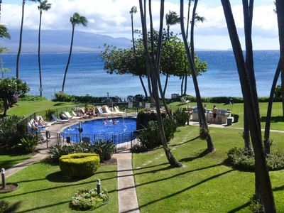 This will be your straight-out view across the lovely courtyard to Maalaea Bay.