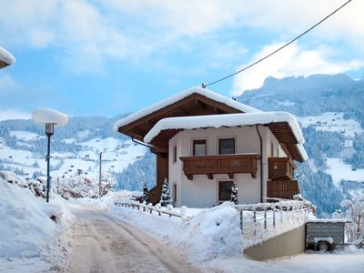 Photo for Apartment Neuner (MHO621) in Mayrhofen - 6 persons, 3 bedrooms