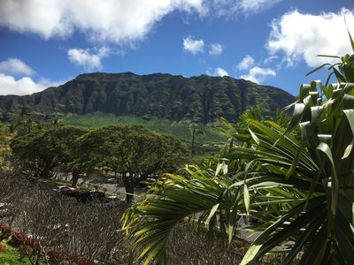 THE FIRST THING YOU SEE WHEN YOU WAKE FROM A RESTFUL SLEEP....MAKAHA MOUNTAINS