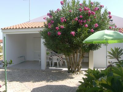 Photo for House BBQ   250 meters from Praia da Gale, 5 km from Albufeira air-conditi rooms
