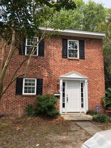 Photo for Charming 3/2.5 townhome with free WiFi, free parking in Mt. Pleasant