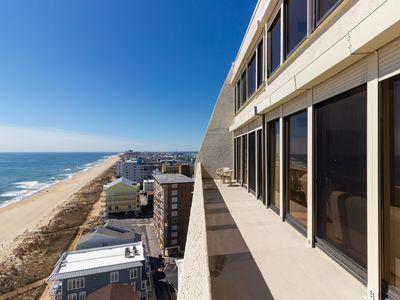 Photo for Rare oceanfront penthouse w/shared pool, heated pool, saunas, and free WiFi!