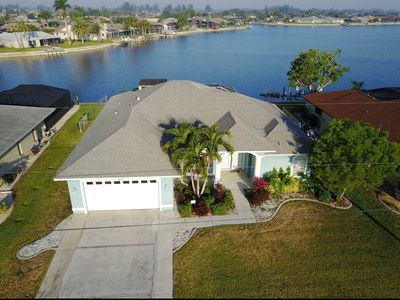 Photo for Beautiful Florida Lake Front Home