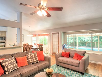 Photo for CLOSE TO IT ALL w/POOL  -10 min downtown-15 to airport.