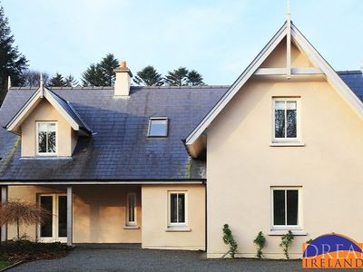 Photo for Well kept 4 bedroom holiday home close to Kenmare and Dromquinna