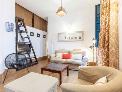 Photo for CENTRAL AND COZY Apartment WiFi/AC,MetropolParasol