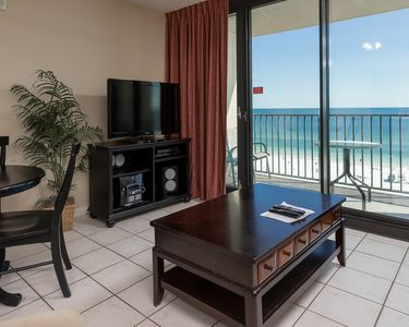 Photo for HOTEL in Gulf Shores on the BEACH! FREE Wifi - Full Kitchen - Bunks