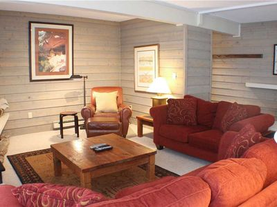 Photo for 3 Bedrooms with Garage, Close Shuttle to Lifts, Hot Tub!