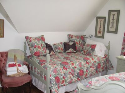Single bed in Room # 1