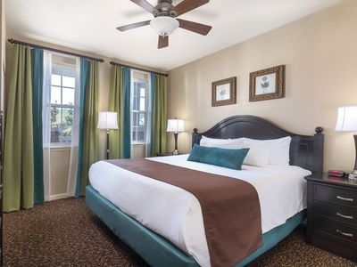 Photo for Relaxing Club Wyndham Governor's Green, 1 Bedroom Deluxe Suite sleeps Six, Discover Virginia's Delectable Delights