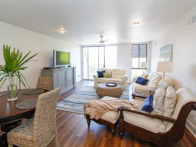 Photo for Heart of Sea Pines, Newly Renovated!!