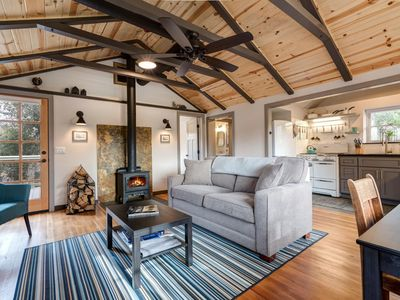 Photo for 2BR Cabin Vacation Rental in Julian, California