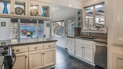 Photo for Gorgeous Craftsman in Bluff Heights with Spa