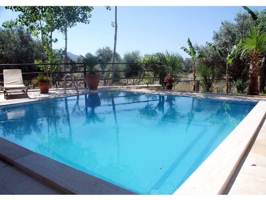 Villa Zinnia: Villa Zinnia   A Luxurious 3 Bed Villa With Pool In ...    435451