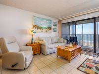 We felt at home in this comfortable beachfront condo with an awesome view.
