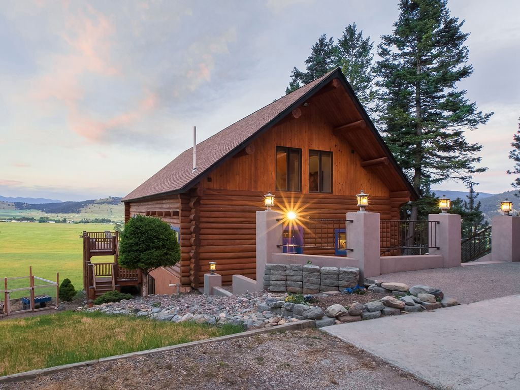 Secluded cabin w gorgeous views of glacier national park for Glacier national park cabin rentals