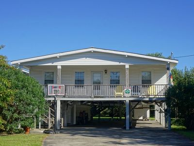 Photo for Pet Friendly Reynold's Roost at South Litchfield Beach