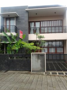 Photo for 5BD Cottage in The Heart of Lembang