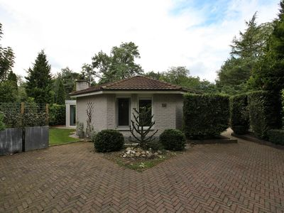 Photo for on the border of Harderwijk and Ermelo **** holiday bungalow on family park