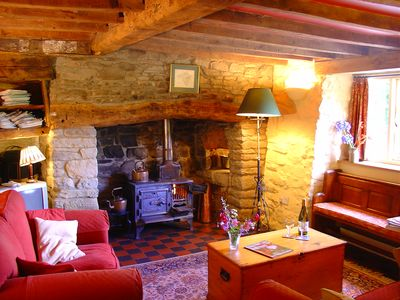 Vicarage Cottage: Downstairs living room