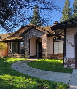 Photo for Beautiful 1800 sq. ft. house with 4 bedrooms and 2 full baths!